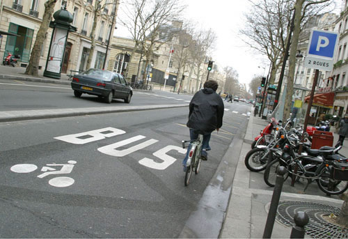 paris_protected_cyclist.jpg