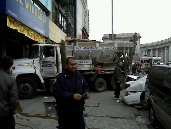 Canal_St_accident_11Nov09.jpg