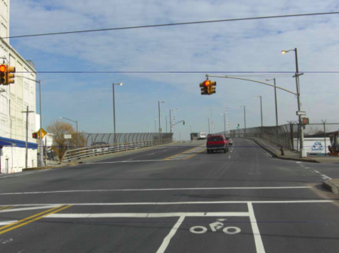 Greenpoint_Bridge_Bike_Lane.png