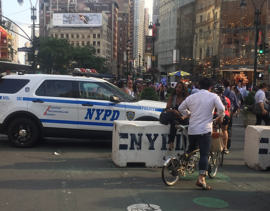 Nypd Surrounds Flatiron Plaza With Concrete Barriers