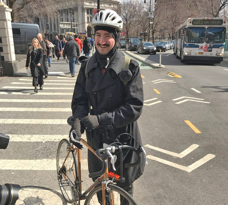 Bike Angels Couriers Deliver Food Supplies To New Yorkers Stuck