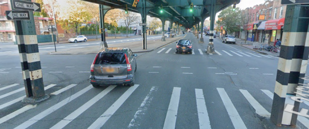 The Bronx is Up: DOT Proposes Protected Bike Lane Under the White Plains Ave. El